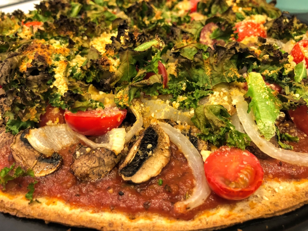 Crispy Kale and Veggie Thin Crust Pizza